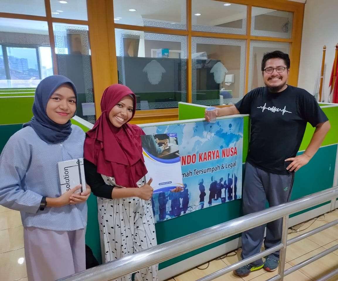Staff Jasa Penerjemah